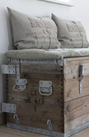 Rustic Trunk as a seater